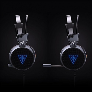 AUKEY Gaming Headset Virtuelle 7.1 Kanal Stereo RGB Hintergrundbeleuchtung Geräuschunterdrückung Gaming Kopfhörer Over-Ear Flexible Mic, Vibrations Schalter und Lautstärkeregler - Schwarz und Silber - 3