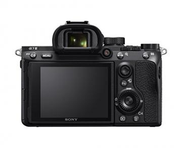 Sony Alpha 7M3 E-Mount Vollformat Digitalkamera ILCE-7M3 (24,2 Megapixel, 7,6cm (3 Zoll) Touch-Display, Exmor R CMOS Vollformatsensor, XGA OLED Sucher, 2 Kartenslots, inkl. SEL-2870 Objektiv) ✪