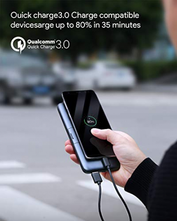 AUKEY Powerbank (10.000 mAh) mit Qi-Charge für kabelloses Laden & klappbarem Standfüßen ✪